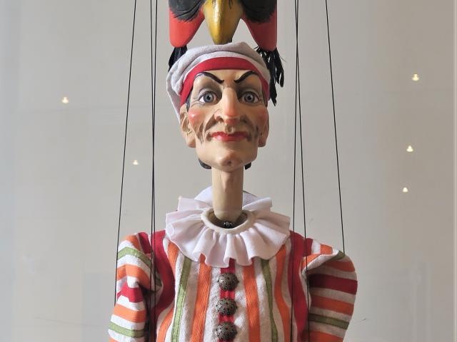 Atys, Atys, Polichinelle, marionnette, parodie
