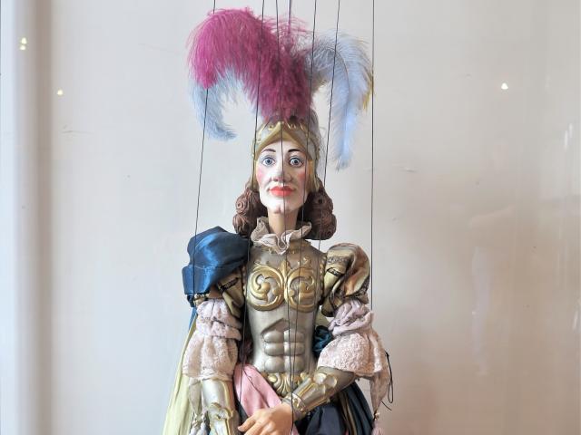 Hyppolite et Aricie, Hyppolite, marionnette, parodie