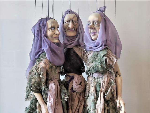 Hyppolite et Aricie, Parques, marionnette, parodie