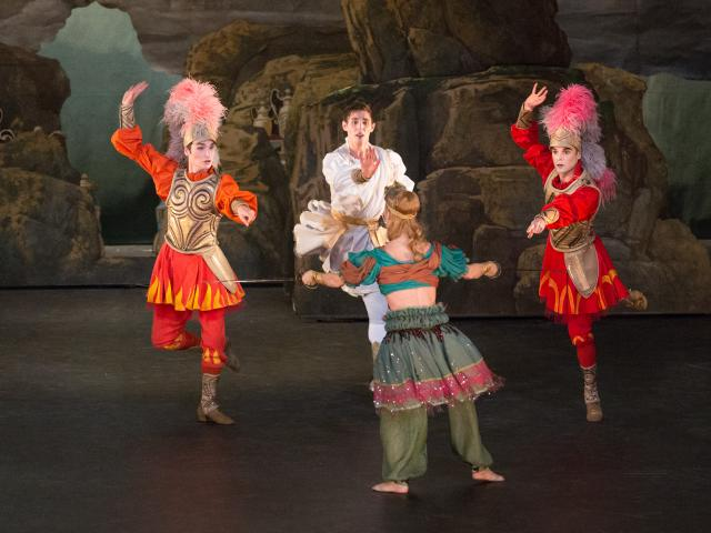 NOVERRE - Renaud et Armide - Versailles, Opéra royal, 2012 - costumes - CMBV